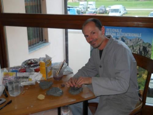 """...mentre ricostruisco tre pezzi di """"Banco a Brachiopodi"""" della Grigna Settentrionale"""