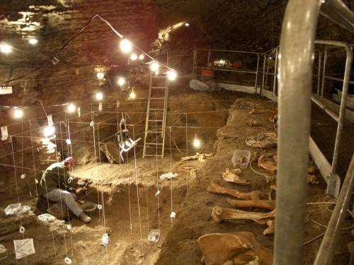 griglia di scavo (Caverna Generosa - San Fedele d'Intelvi, CO)