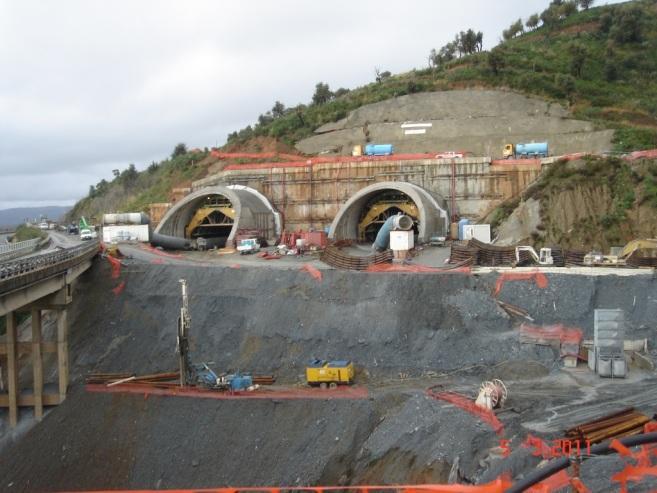 Come si scava una galleria geologia tecnica e ingegneria for Cantiere di costruzione