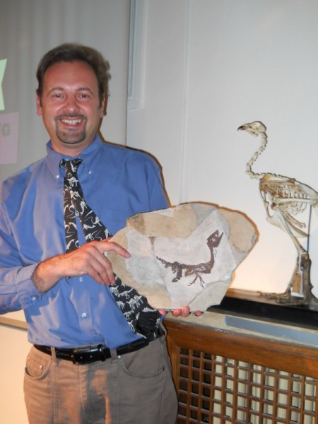 Il paleontologo Cristiano Dal Sasso e il piccolo Ciro